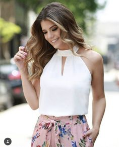 TAMANHO P TAMANHO M TAMANHO G 38 40 42 Classy Outfits, Cool Outfits, Casual Outfits, Look Office, Black Bridesmaid Dresses, Moda Chic, Asymmetrical Tops, Feminine Style, Casual Looks