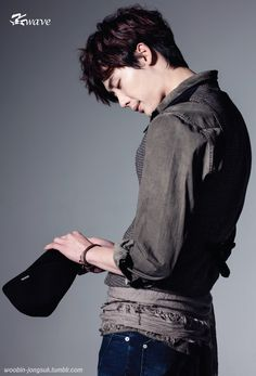 Lee Jong Suk - K Wave Magazine May Issue '13