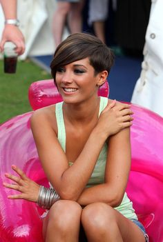 Frankie Sandford Photo - Isle of Wight Festival - Day 2