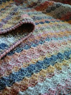 Ravelry: Corner Start Afghan pattern by Lauri Bolland
