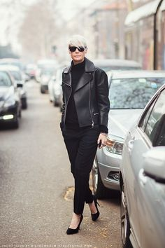 structured jaclet with black outfit and heeled pumps