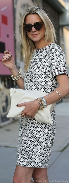 Atlantic - Pacific Street Style | Dress: Tory Burch. Shoes: Joie. Bag: Mark and Graham