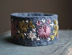 Felt Bracelet Cuff Hand Embroidered Grey Wool Felt with Old Rose, Pale Pink and Gold Embroidery by love maude Felt Bracelet, Denim Bracelet, Fabric Bracelets, Handmade Bracelets, Cuff Bracelets, Handmade Jewelry, Felt Embroidery, Hand Embroidery Patterns, Textile Jewelry