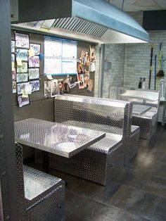Diamond Plate Table and Booth Chairs - Car Guy Garage