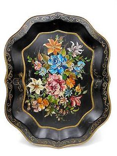 HUGE-27-Antique-Vintage-TOLEWARE-Chippendale-Style-Tray-w-Profusion-of-Flowers