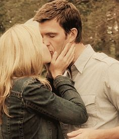 Audrey Parker and Nathan Wuornos - I can feel you <3 / Emily Rose and Lucas Bryant in Haven