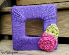 Look what Fiber Flux made with our Hometown USA yarn!  A quick and easy yarn wrapped frame just in time for Mother's Day.