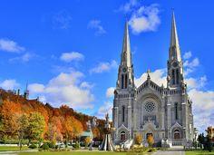 Du lịch Canada  - Canada là một quốc gia rộng lớn thứ 2 thế giới, nổi tiếng với những tòa nhà cao chọc trời và nhịp sống sôi động của thà...