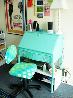 Great dorm or apt. decorating on a budget- many ideas
