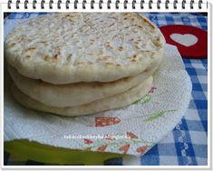 """Takarékos konyha: Lípia, csángó lepény """"Gasztroangyal"""" Pancakes, Bread, Breakfast, Food, Morning Coffee, Brot, Essen, Pancake, Baking"""