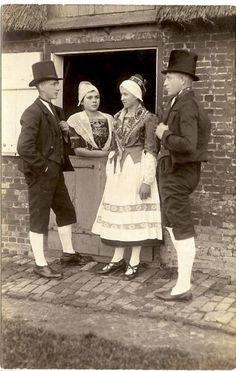 Tracht der Wilstermarsch 1919 Vorführung in St. Margarethen d SF #Wilstermarsch