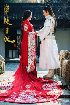 "Hanfu: traditional Chinese costume. This scene comes from ""Princess of Lanling King"" Ancient traditional to modern Chinese fashion and styles"