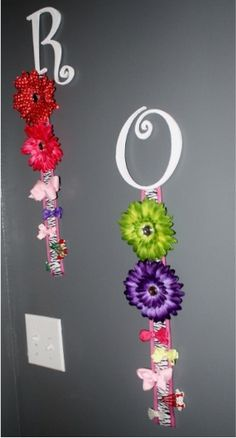 Letter Hair Clip Organizer Similar to the style above… here's another twist ~ add an initial for your child's name