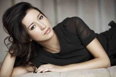christian serratos- walking dead Rosita
