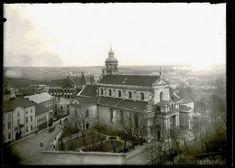 Widok z wieży ciśnień na kościół pobernardyński, w tle szkoła Vetterów. Zdjęcie powstało przed I wojną światową.