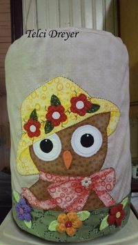 Capa de bombona Quilting Projects, Sewing Projects, Galo, Apron, Applique, Patches, Quilts, Patch Aplique, How To Make