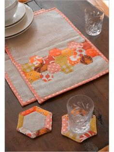 Hexagon Place Mats & Coasters | InterweaveStore.com