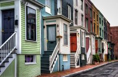 Love the townhouses here in Portland, ME! #visitportland #colorful #love