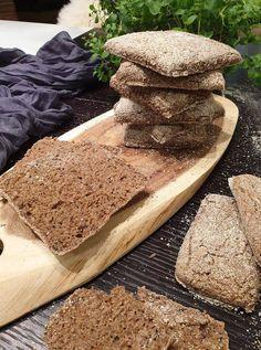 Ražné kocky so semiačkami, zrniečkami, či dokonca s makom Bread, Food, Basket, Brot, Essen, Baking, Meals, Breads, Buns