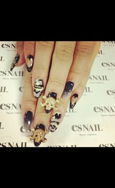 Zendaya Stiletto nail art design