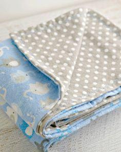 Como hacer una manta recibidora de bebe