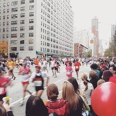 T minus 7 weeks to @nycmarathon and only 3 weeks to @chimarathon! Congrats to everyone who did the 18mi tune-up run today   ..........................  #OnlyAtoms #runninggear #runnerscommunity #runchat #NYC #WeAreOnlyAtoms #OnlyAtomsNYC #RunInspired #WeRunNYC #WeRunChitown #Runspiration #MadeInUSA #RunThisYear #RunOOTD #courseapied #courir #marathontraining #morethanmiles #gothedistance