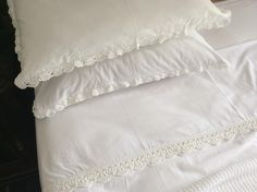 Linen and crochet by South Cape Crafts White Linens, Cotton Crochet, Bed Pillows, Cape, Pillow Cases, Crafts, White Bed Sheets, Pillows, Mantle