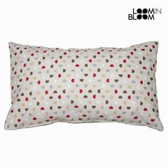 Cojin cuore rojo by Loom In Bloom Red Cushions, Cushion Covers, Bloom, Bed Pillows, Pillow Cases, Html, Products, Cases, Toss Pillows