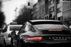 Porsche 911 Carrera S. So sexy.  (by Brecht Decancq Automotive Photography)