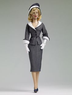 Roberta Moves In Outfit - Marilyn Monroe Collection - Tonner Doll Company