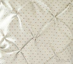 how to make pintucks! Great technique for pillows, duvet covers, etc! I would love to try this for scrapbooking--a pintucked fabric background! Would be lovely for a wedding layout! Diy Sewing Projects, Sewing Hacks, Sewing Tutorials, Sewing Crafts, Sewing Patterns, Diy Pillow Covers, Diy Pillows, Throw Pillows, Duvet Covers