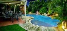 Love this pool - Article is about Matching Powerful Photos With Powerful Headlines to Get Ads Noticed | Realtor Magazine