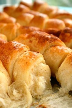 KIFLICE (Serbian Cheese Rolls) ~ DOUGH 500 g all-purpose t. active dry t. ml ml sunflower egg – FILLING – g feta egg cloves garlic finely small green chilli, deseeded & finely diced – GLAZE – 1 egg T. Serbian Recipes, Serbian Food, Kiflice Recipe, Cheese Rolling, Dry Yeast, Street Food, Rolls, Cooking Recipes, Greek