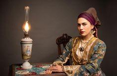 Mediterranean People, Folk Costume, Costumes, Long Hots, Greece, Sari, Culture, Traditional, Beautiful