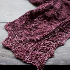 praire shawl - loop - dyeforyarn // must dig on site because it's too old....and I couldn't find it in Rav somehow