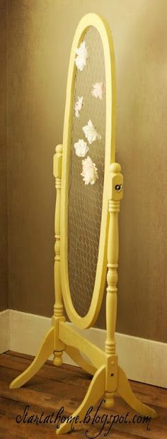 ooh, my old mirror would look cute in Em's room for her bow's & jewels