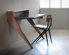 """Bureau """"Passe muraille"""" - Chêne et acier"""
