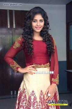 Anjali Photo Gallery: Tamil Actress Anjali's Latest Pictures and Photos - Galatta