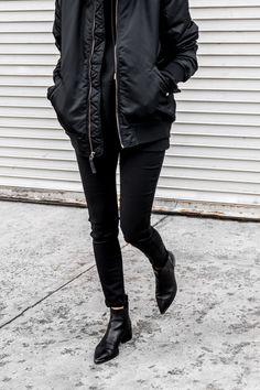 Borrowing from the boys...men's hoodie and bomber #allblack #bomberjacket #ankleboots #ootd #figtny