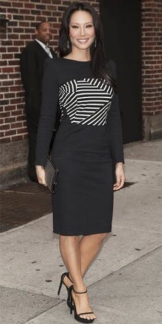 ♥ THAT DRESS: Actress Lucy Liu in a Band of Outsiders structured LBD and black ankle strap Saint Laurent heels.