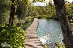 Wooden walkway, Plitvice Lakes National Park, Croatia. UNESCO World Heritage ✯ ωнιмѕу ѕαη∂у