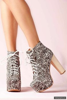 awsome JEFFREY CAMPBELL boots » The Shopping Fans
