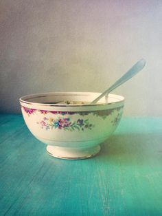 Hey, I found this really awesome Etsy listing at https://www.etsy.com/listing/125184499/vintage-bowl-aqua-turquoise-teal-wall
