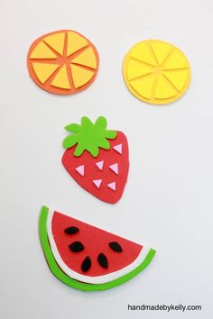 DIY Summer Fruit Magnets (via Handmade by Kelly) Foam Crafts, Crafts To Make, Arts And Crafts, Diy Crafts, Fruit Crafts, Colorful Fruit, Colorful Crafts, Felt Coasters, Fruits For Kids