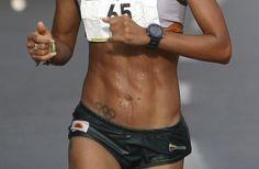 La colombiana Kelly Arias participa en los 21 km de la Maratón de las Flores en…