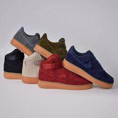 La collection Nike Air Force 1 Perf Suede + Gum - Disponible en ligne sur SNKRS.COM Custumizar Tenis, Tenis De Camurça, Sapatos Lindos