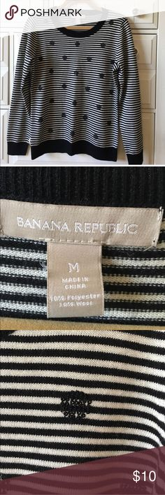 Banana Republic Striped Sweater Black and white. Stripes. Sequins. Excellent used condition. Re-posh Banana Republic Sweaters Crew & Scoop Necks