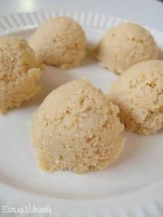Raw Vegan Lemon Pie Macaroons