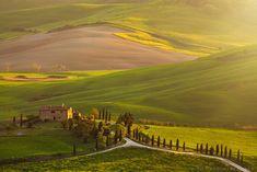 Fotógrafo polonês capta amanhecer e anoitecer na Toscana