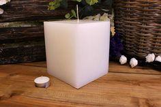 Κεριά μασίφ τετράγωνα σε χρώμα λευκό ΤΧ1315ΧΛΕ. Πλευρά: 13εκ. Ύψος: 15εκ. Pillar Candles, Taper Candles